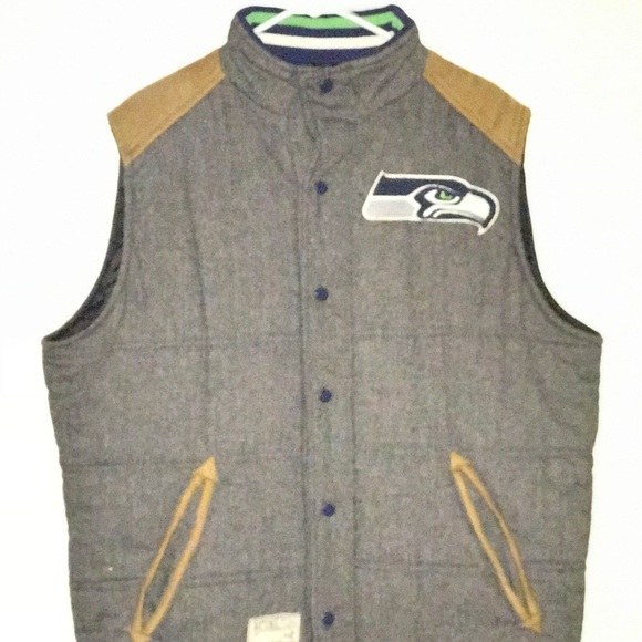 cheap for discount a4cb9 5ddc9 Seattle Seahawks Reversible Winter Vest Jacket
